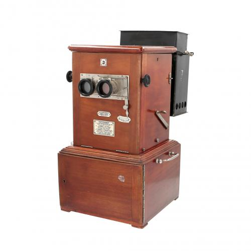 Taxiphote 45x107 stereo viewer and projector lamp